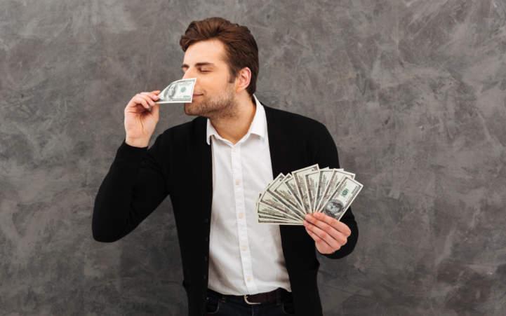 Dinheiro e governo