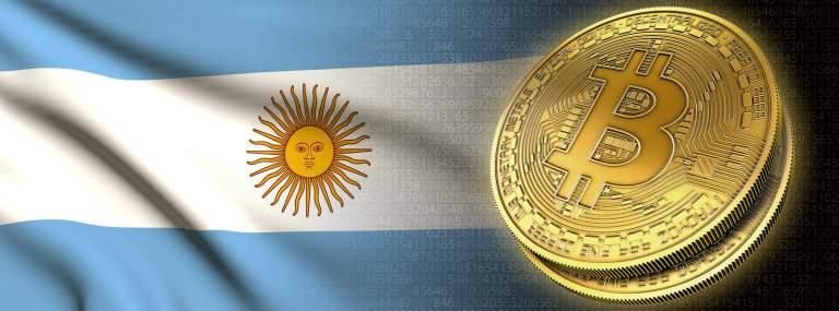 Peso argentino desvaloriza e buscas por bitcoin aumentam