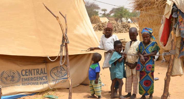 campo de refugiados no Níger