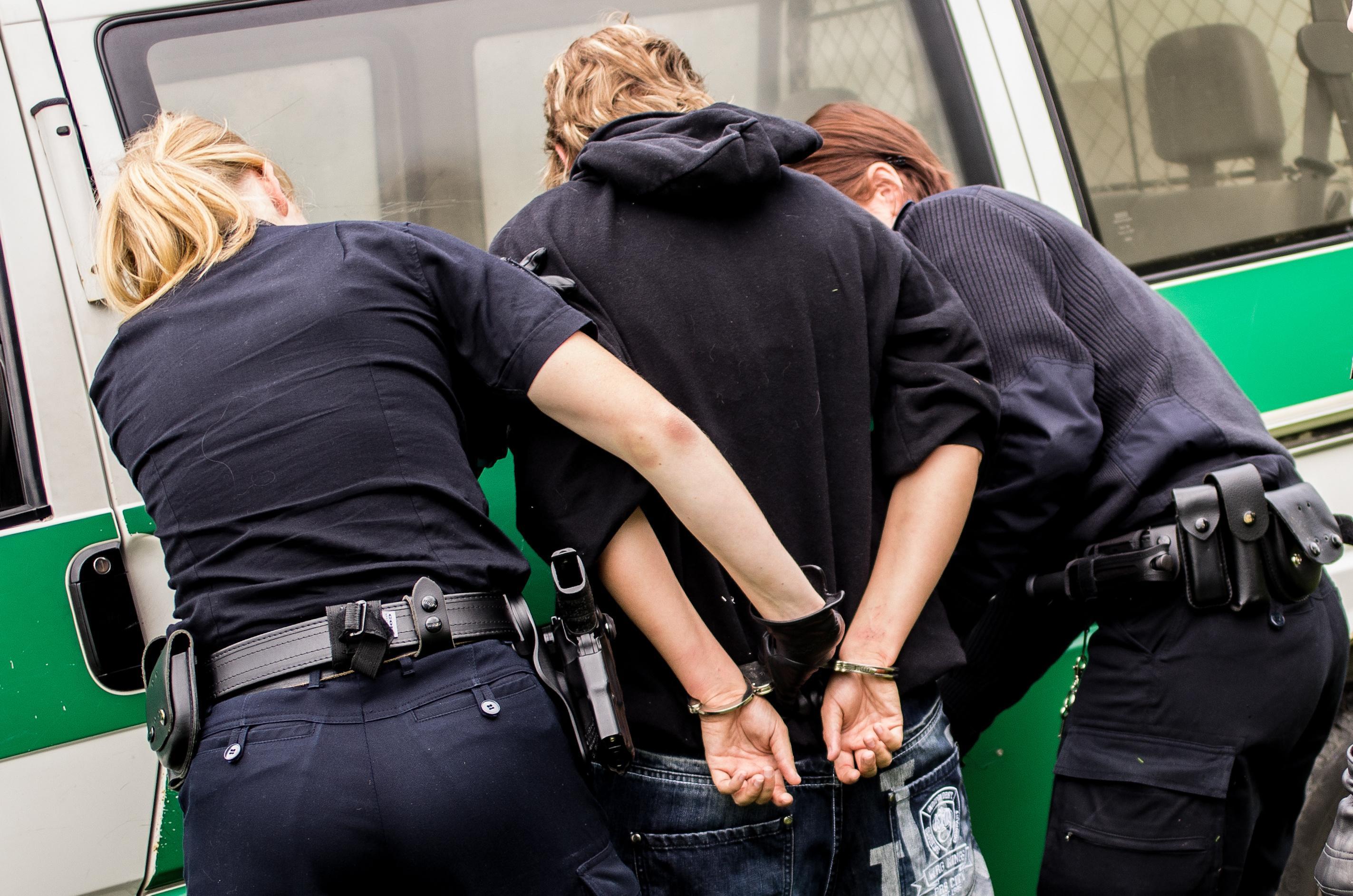Acabou a festa da Unick Forex: polícia civil fecha escritório