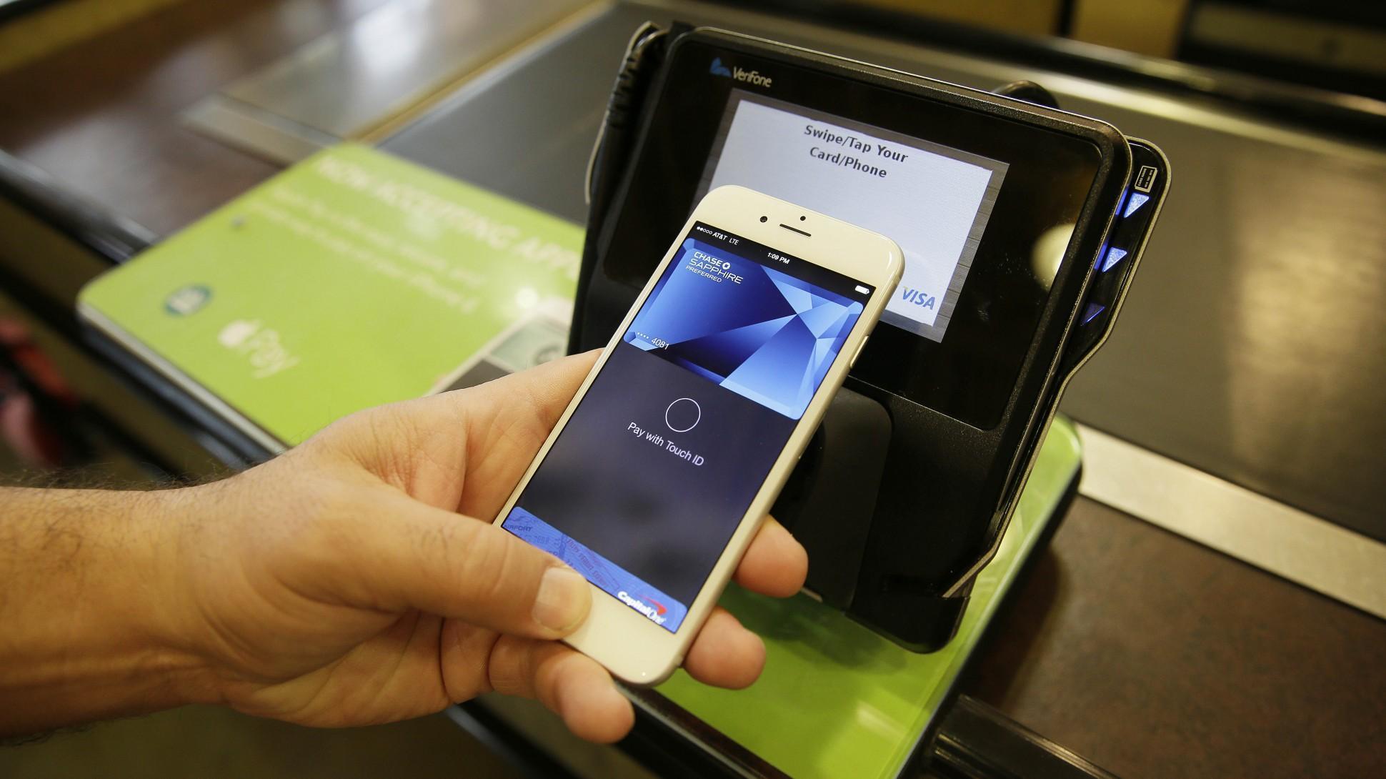 Apple Pay vs Bitcoin, qual é melhor?