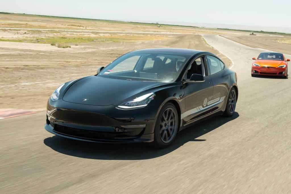 Tesla chegou na China: hora de comprar ações TSLA ou não?