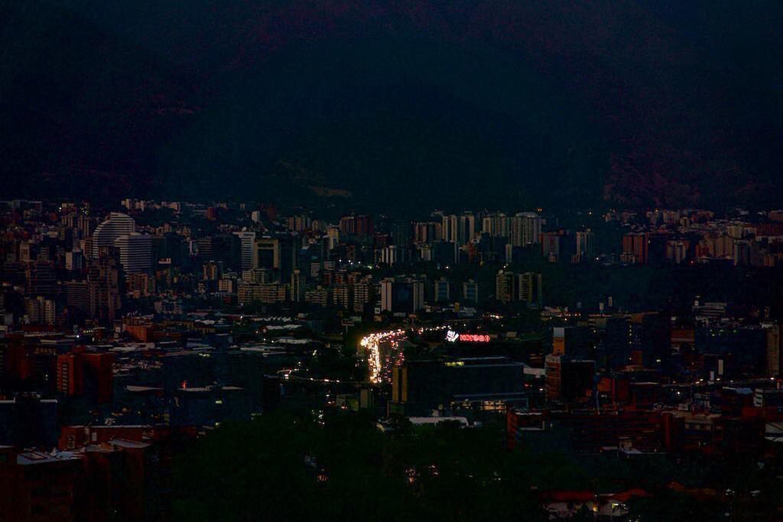 Trevas na Venezuela: apagão virou rotina e revolta população