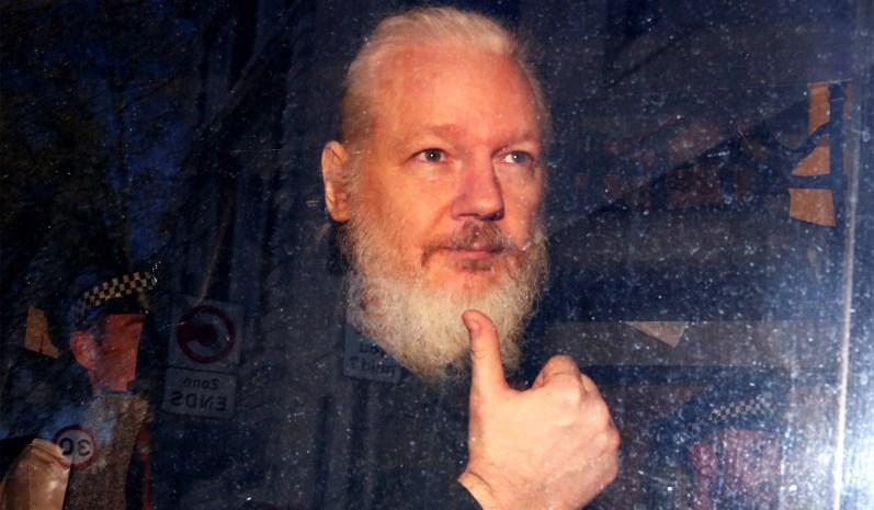 Julian Assange preso