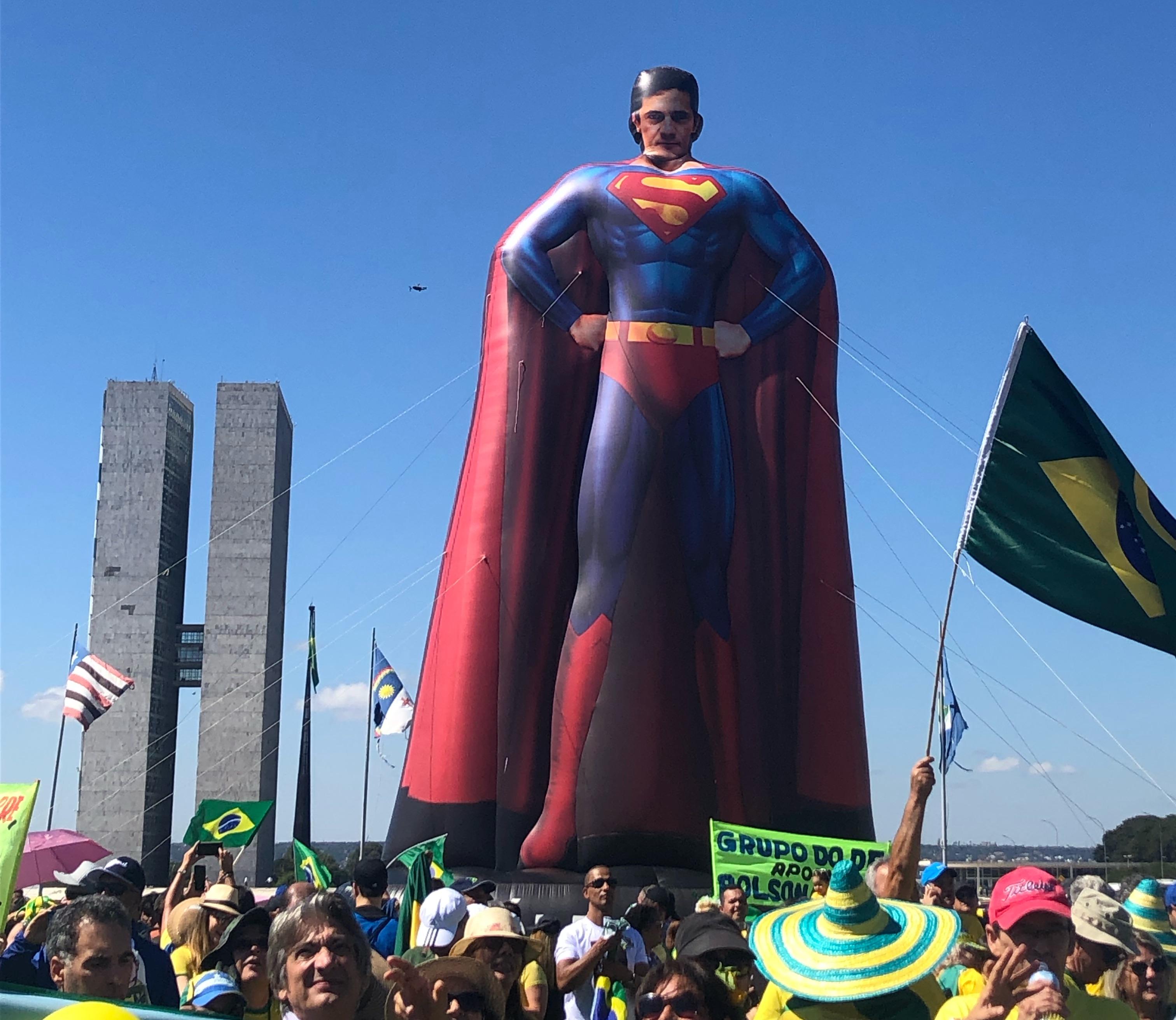 O resultado dos protestos do dia 26, veja a reação dos políticos
