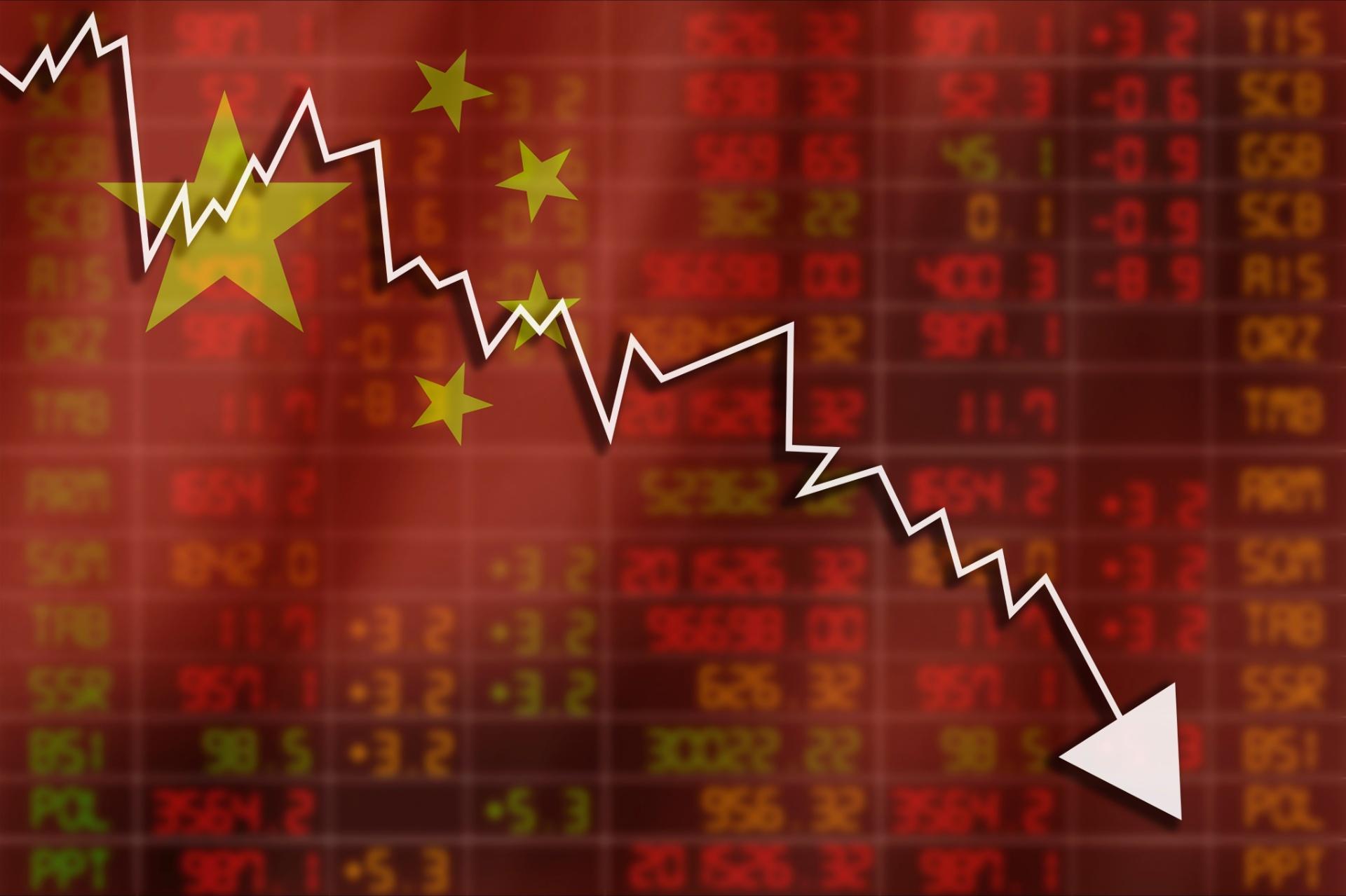 Bolsa chinesa despenca nesta segunda-feira