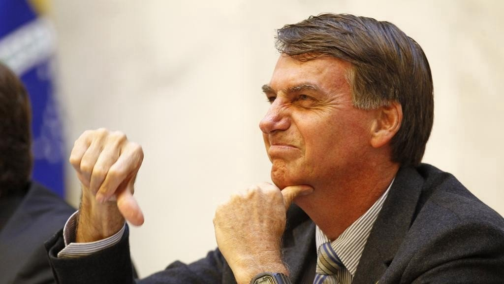 Bolsonaro triste com economia