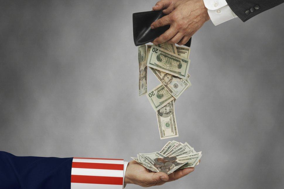 """""""Paguem seus impostos""""  – Governo vai atrás de 10.000 investidores de Bitcoin nos EUA"""