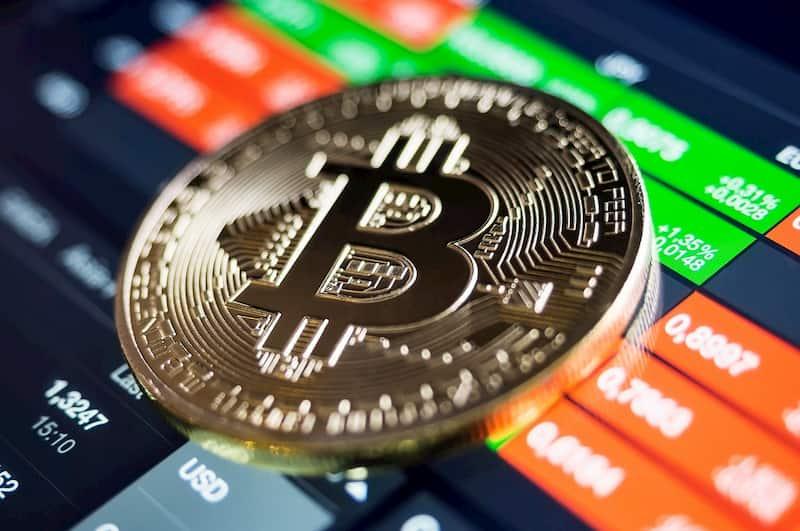 """""""Não é interessante realizar compra ou venda de bitcoin no momento"""" diz analista"""