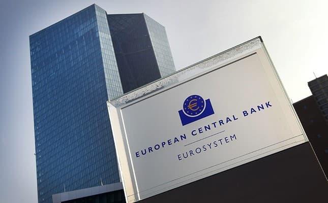 Em vez de cortar juros, BC Europeu injeta R$ 646 bilhões na economia