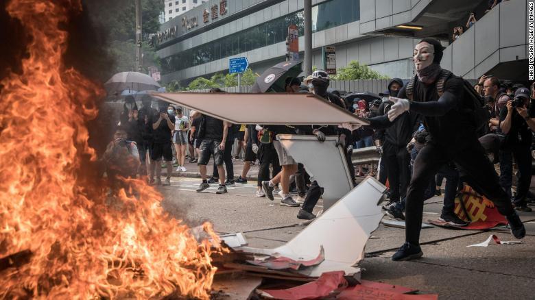 China aprova leis subversivas em Hong Kong