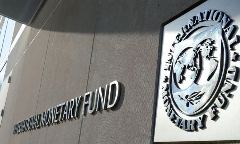 FMI alerta sobre dívida corporativa após cortes de juros
