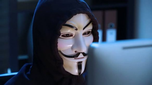 hacker oferece 100 mil dolares em bitcoin ou monero por vazamentos