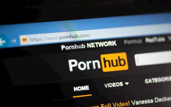 pornhub e paypal