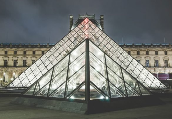 Pirâmide Atlas Quantum saques