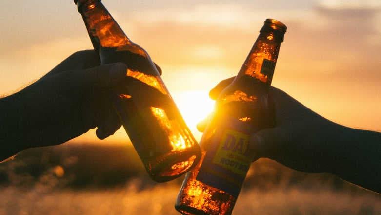 empresa de cervejas acabaram ajudando fazendeiros africanos