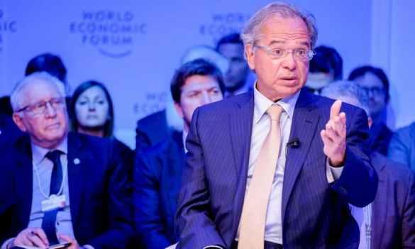 Paulo Guedes em Davos fala sobre blockchain