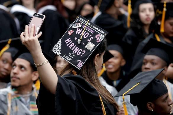 graduados menos chances