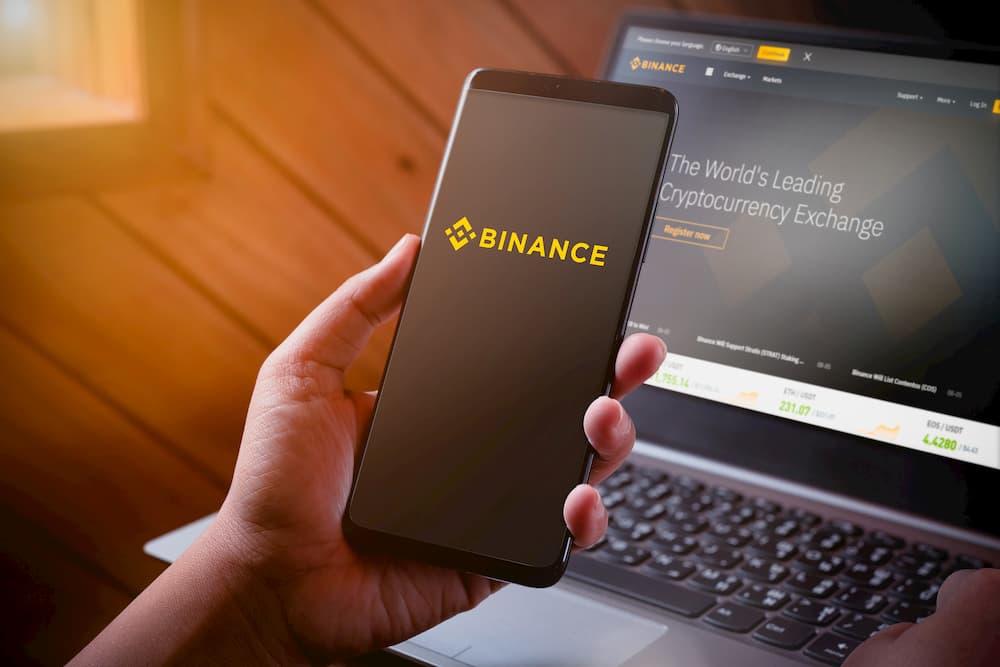 "Binance processa brasileiro por ""roubar"" domínio Binance.com.br"