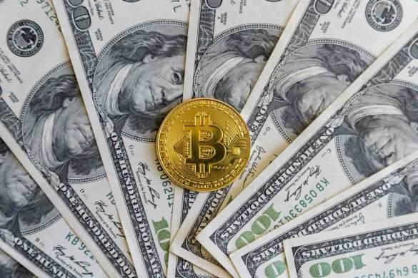 Dólar e Bitcoin