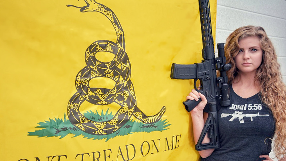 Dia das mulheres Gun Girl