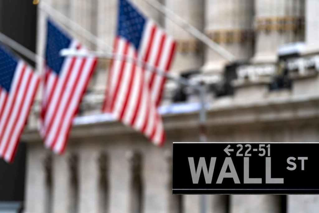 Wall Street Fundos de hedge pedem resgate