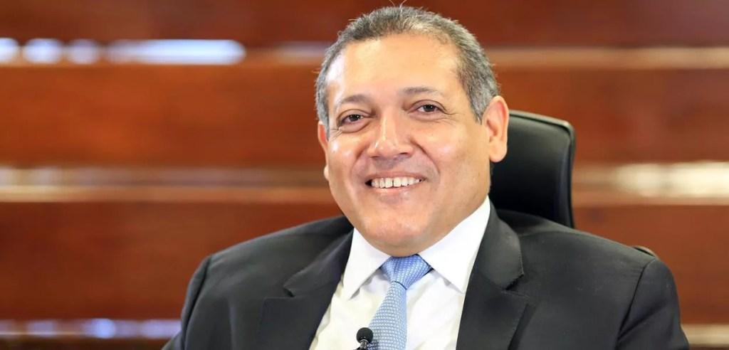 Quanto seria o salário do novo ministro do STF Kássio Nunes em bitcoin? Quanto gasta a Supremo Tribunal Federal (STF).