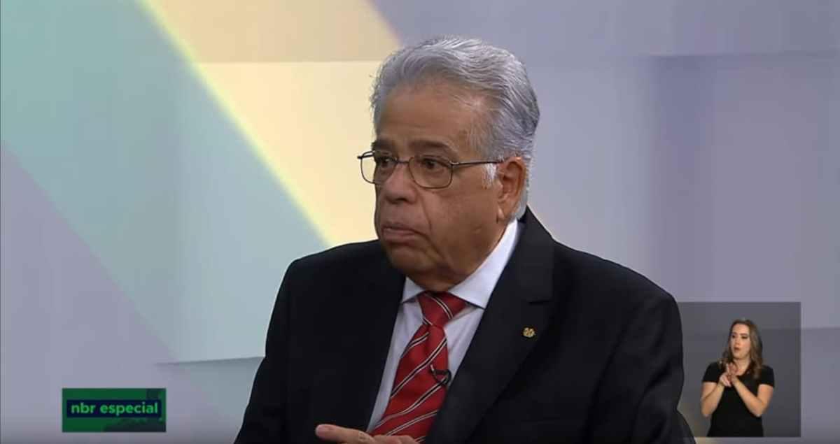 """""""A economia vai ficar estagnada"""", afirma ex-diretor do Banco Central"""