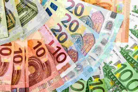 O banco central da Estônia está realizando estudos para averiguar a possibilidade de se integrar o Euro digital à tecnologia blockchain.