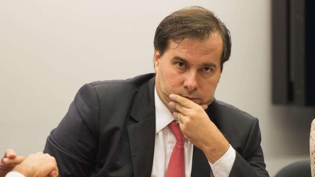 """""""Brasil vai explodir em janeiro"""", bitcoin a US$100 mil via S2F e Magazine Luiza em queda"""