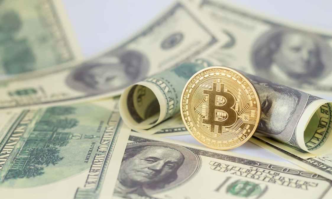 Analistas: trilhões de dólares devem sair de títulos para Bitcoin e ouro